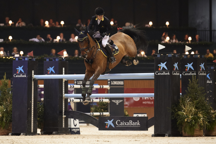 Edwina Tops-Alexander (Photo : FEI/ Manuel Queimadelos / Oxer Sport)