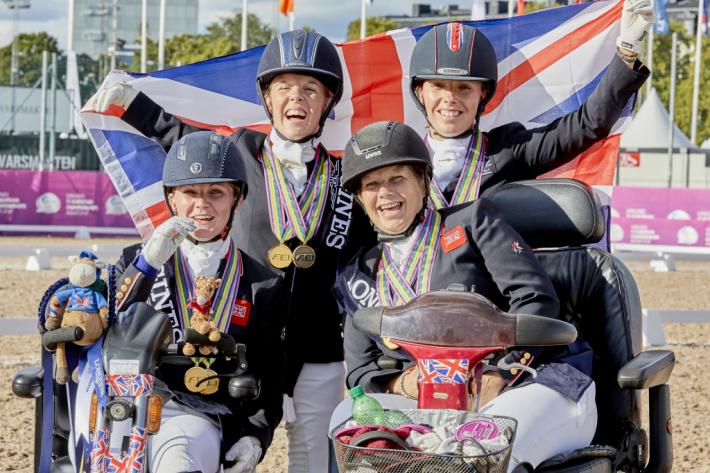 La Grande-Bretagne à nouveau sacrée par équipes (Crédit photo: FEI/Liz Gregg)