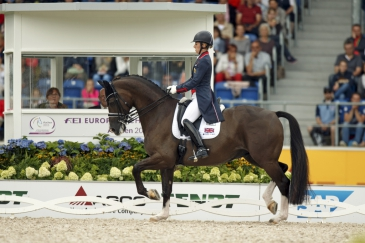 Charlotte Dujardin et Valegro (Crédit photo : Dirk Caremans/FEI)